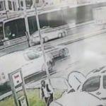 Haramidere'deki metrobüs kazası kamerada!