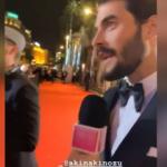 Akın Akınözü'nün İngilizce konuşması Cannes'e damga vurdu!