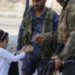 SMO askerleri mutluluklarını çocuklarla paylaştı