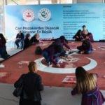 240 bin cam parçasından Türk Bayrağı yapacaklar