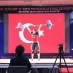 Avrupa Şampiyonu oldu, Mehmetçiğe armağan etti