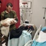 Tel Abyad'da Mehmetçik doğum sancısı tutan kadını hastaneye yetiştirdi