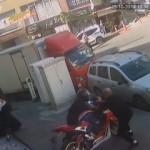 Günün kahramanı! Motosiklet hırsızlarını böyle durdurdu