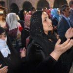 Evlat nöbeti tutan aileler çocukları için dua etti