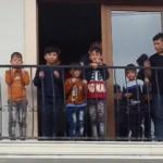 Foça'da 42 Afgan göçmen yakalandı