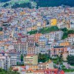 İtalyan kasabası çıtayı yükseltti: Evler bedava verilecek