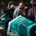 Bakırköy'de ölü bulunan aile son yolculuğuna uğurlandı