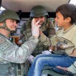 Mehmetçik Rasulayn'da şefkat elini uzatmaya devam ediyor