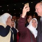 Erdoğan'ı görünce telefonlara sarıldılar! Renkli anlar...