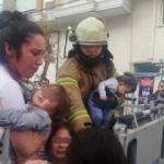 Esenyurt'ta korku dolu anlar: Bebekli aileler yangında mahsur kaldı