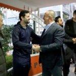 Bakan Çavuşoğlu'ndan Alanyaspor'a ziyaret
