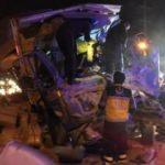 Bitlis'te askeri araçla kamyon çarpıştı: 1 ölü, 2 asker yaralı