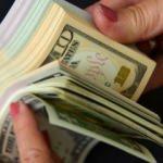 Dolar'da hareketlilik sürüyor! İşte ilk rakamlar...