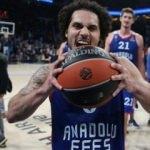 Euroleague'de haftanın MVP'si Larkin