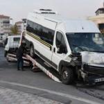 İşçi servisleri kaza yaptı: 20 yaralı