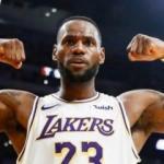 LeBron James'den NBA tarihine geçen başarı