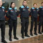 Pasaport polisinin kıyafeti de değişti