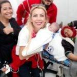 Tel Abyad Hastanesi'nde doğan bebeğe 'Barış' ismi verildi