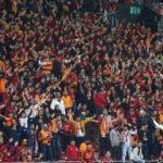 G.Saray taraftarından takıma tepki, Ankaragücü'ne alkış