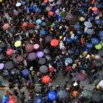 """Kolombiya'da, Hong Kong'taki """"şemsiye devrimi""""ne benzer görüntüler"""