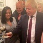 İngiltere Başbakanı Boris Johnson'ın Türk kahvesi keyfi
