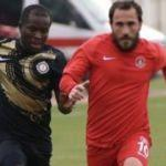 Ümraniyespor 3 puanı tek golle aldı