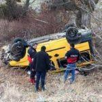 Araç şarampole yuvarlandı: 1 ölü, 5 yaralı