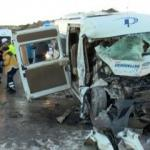 Çanakkale'de işçi minibüsü ve vinçin korkunç kazası: Yaralılar var