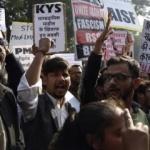 Hindistan'da protestolar devam ediyor! Müslümanlar ayağa kalktı