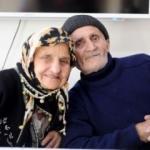 Biri 88, diğeri 82 yaşında, yıldırım nikahı ile evlendiler