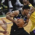 NBA'in zirvesindeki düellonun galibi Bucks