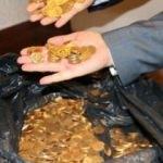 Temizlikçiler buldu! Otel odasına gizlenmiş tam 2 bin 280 adet...