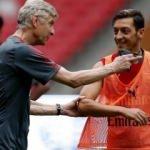 Wenger'den Mesut Özil'e 'Doğu Türkistan' desteği!
