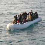İzmir'de 221 göçmen yakalandı