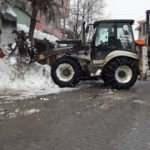 Malatya'da kar yağışı nedeniyle kapalı olan yollara müdahale