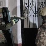 Bin polisle şafak baskını: Çok sayıda gözaltı