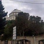 Depremde minaresi yıkılan caminin şimdi de kubbesi hasar aldı