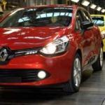 Carlos Ghosn, Renault'u mahkemeye verdi