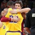 Cedi'li Cavs'i deviren Lakers'ın galibiyet serisi 9 maça çıktı