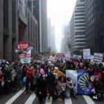 Kadınlar Trump yönetimine karşı yürüdü