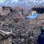 Çevrimtaş köyü 6,8'lik depremin ardından hayalet şehre döndü! Hepsi yıkıldı