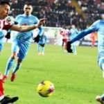 Lider Sivasspor puanı 90+3'te kurtardı!