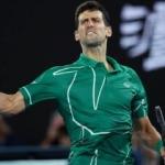 Federer'i deviren Djokovic finalde!