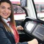 Samsun'da tramvayın kadın makinistleri