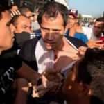 Venezuela halkı Guaido'yu 'hain, katil' diyerek havalimanında kovaladı