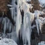 Buz sarkıtları 20 metreyi aştı