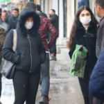 Yüksekova'da vatandaşlara Türkçe ve Kürtçe anonslarla 'evde kalın' çağrısı