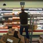 Market çalışanları 'acil durum personeli' sayıldı