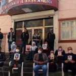 Diyarbakır anneleri maskelerle evlat nöbetinde!