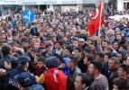 5 bin kişi HDP binasına yürüdü!